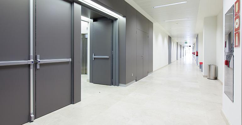 Las barras antipánico TOP de TESA ASSA ABLOY, un plus en la accesibilidad de edificios singulares