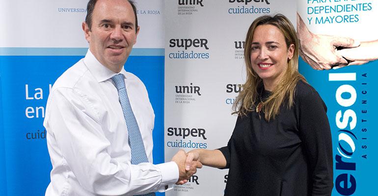 Aurelio López-Barajas, CEO de SUPER Cuidadores y  Begoña López Viagel, directora general de Gerosol, durante la firma de este acuerdo.