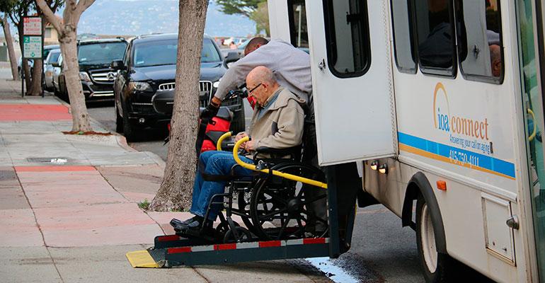 BatOnRoute, una forma segura de trasladar a personas mayores