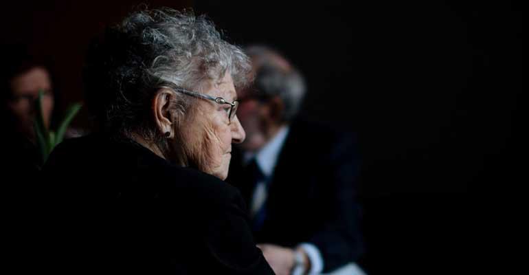 Un informe destaca la necesidad de crear un registro de personas en situación de soledad no deseada