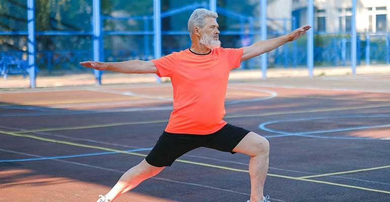 Diez actividades físicas para prevenir 10 patologías en las personas mayores