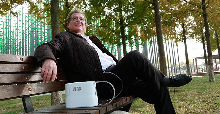 Apex Medical lanza su nuevo Concentrador de Oxígeno Portátil
