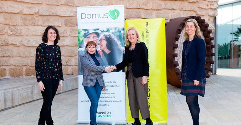 Las residencias DomusVi y el Museo Es Baluard renuevan su acuerdo de promoción de actividades culturales para los mayores