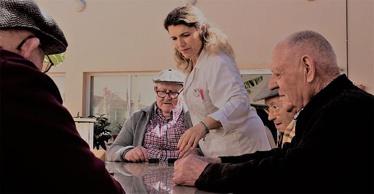 CECUA pone a disposición del Gobierno Andaluz más de 7.500 camas residenciales
