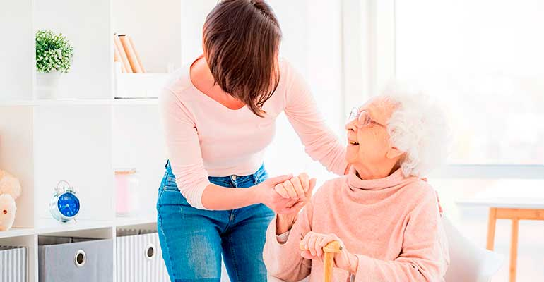 El cuidado de las personas mayores, la oportunidad de inversión de futuro