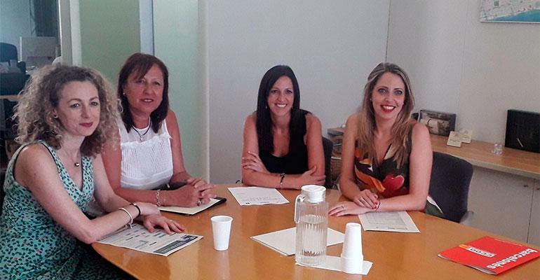 Presentan el primer protocolo para el abordaje de los riesgos laborales en el servicio de ayuda a domicilio de Badalona