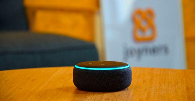 Joyners permite pedir cuidadores a domicilio mediante el asistente de voz de Amazon