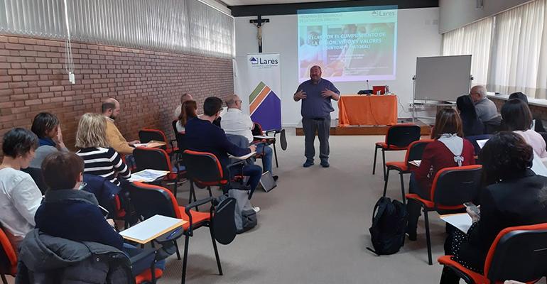 Comienza el curso de 'Desarrollo de la función directiva' diseñado por Lares